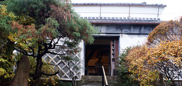 東蔵:常設館